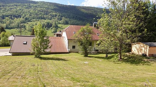 Gîte de 636m² dans la Vallée de la Valserine